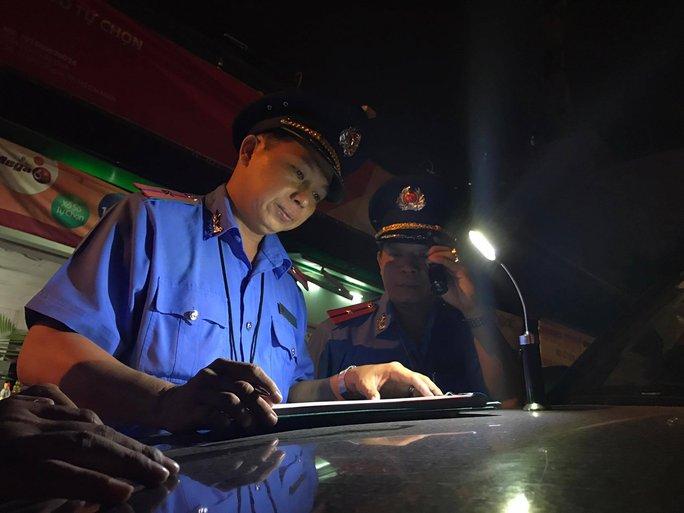 Dịp Tết nguyên đán, Đội 3 Thanh tra Sở GTVT TP HCM sẽ túc trực 24/24 quanh Bến xe Miền Đông