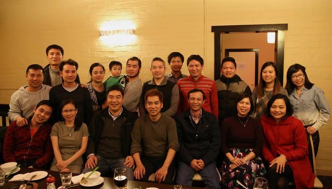 Đại sứ Lương Thanh Nghị gặp gỡ sinh viên Việt Nam tại Tasmania