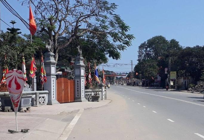Nhà thờ họ Đặng ở huyện Nghi Xuân (Hà Tĩnh) có phần nằm trên hành lang QL 8B