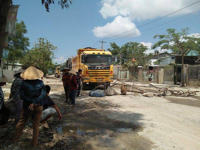 Người dân nơi đây từ nhiều năm qua sống chung với tình trạng ô nhiễm