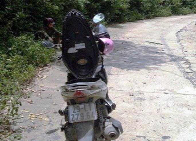 1,6 tỉ đồng bỏ quên trong cốp xe máy vẫn chưa có người nhận - Ảnh 1.