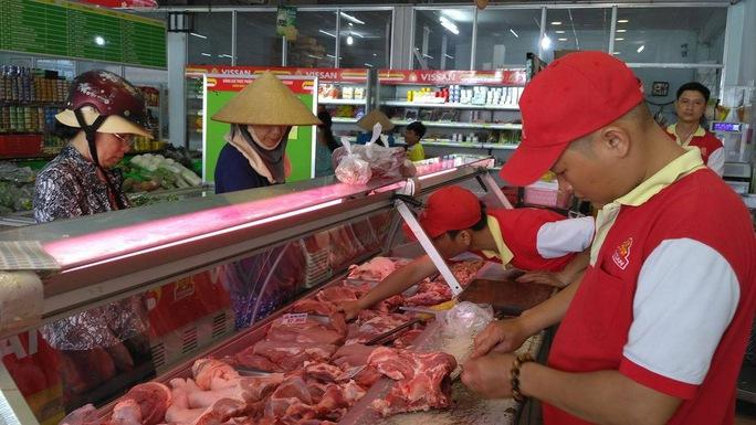 Doanh nghiệp cam kết chỉ bán thịt heo sạch 100% ra thị trường - Ảnh 1.