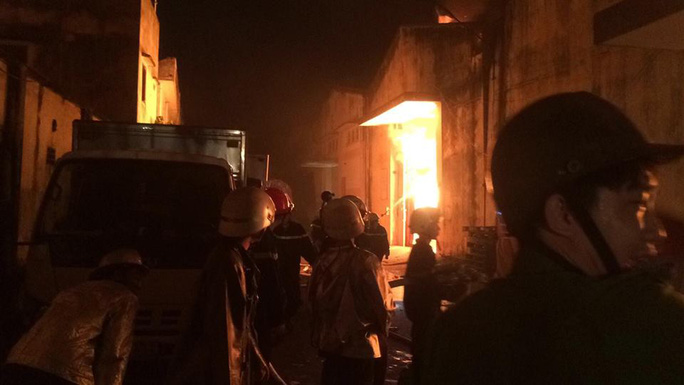 TP HCM: Thông tin mới nhất về vụ cháy kinh hoàng ở quận 4 - Ảnh 2.