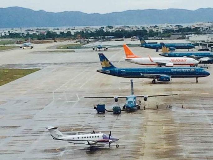 Đề nghị công an điều tra kẻ tung tin máy bay rơi ở Nội Bài - Ảnh 3.