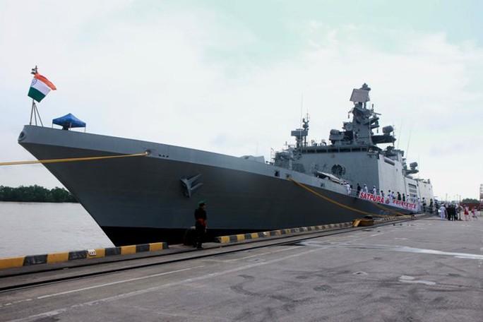 Tàu Hải quân Ấn Độ thăm thành phố Hải Phòng - Ảnh 6.