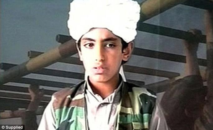 Một người con trai khác của Bin Laden, Hamza. Ảnh: DAILY MAIL