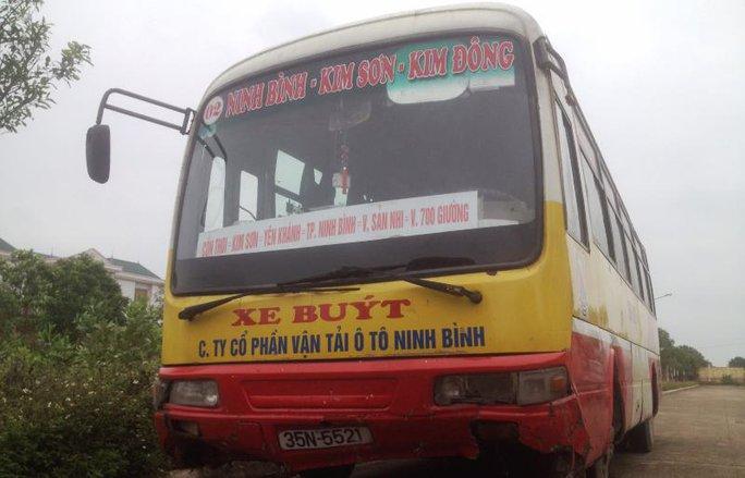 Chiếc xe buýt tông chết người phụ nữ được cho là bà chủ của chiếc xe khách