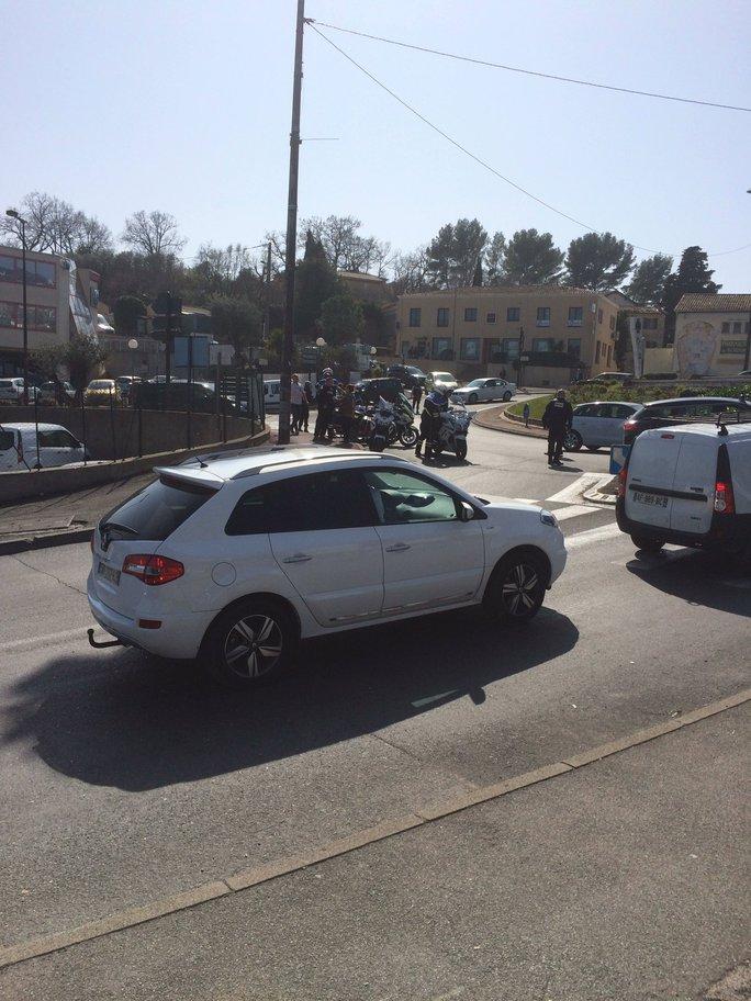 Vụ nổ súng xảy ra tại trường trung học Alexis de Tocqueville ở thị trấn Grasse. Ảnh: TWITTER