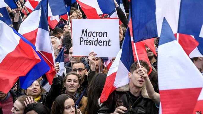 Ông Macron thắng cử tổng thống Pháp - Ảnh 5.