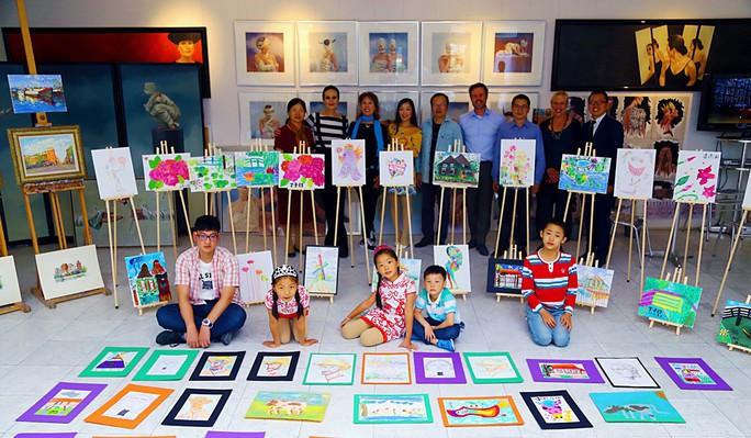 Trung Quốc: Du học từ thuở lên 3 - Ảnh 2.