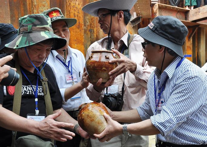 Khẩn cấp khai quật tàu cổ ở Quảng Ngãi - Ảnh 2.