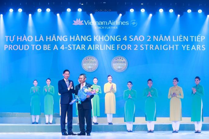 Vietnam Airlines tiếp tục được vinh danh là hãng hàng không 4 sao - Ảnh 2.