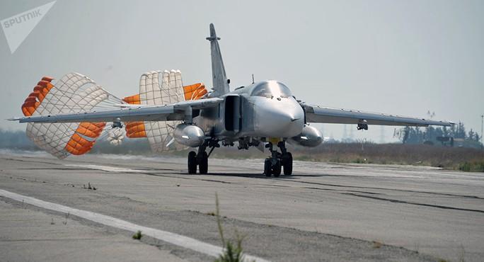 Syria: Chiến đấu cơ Nga trượt đường băng, phi công tử nạn - Ảnh 1.