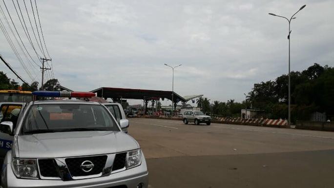 Cảnh sát cơ động, CSGT được huy động đến BOT Biên Hòa - Ảnh 3.