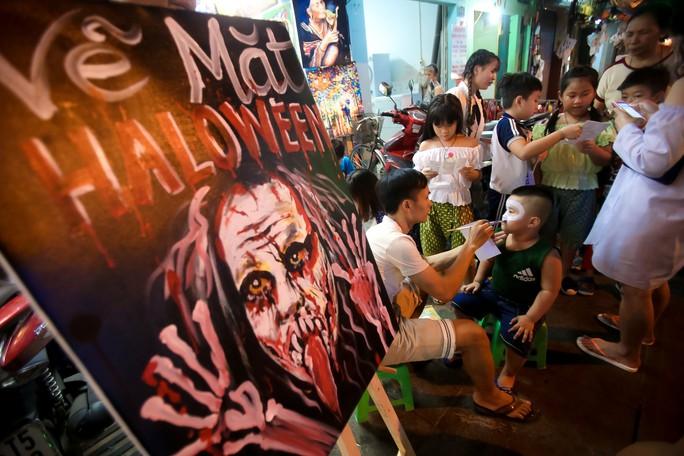 Ai sướng nhất đêm Halloween ở Sài Gòn? - Ảnh 4.