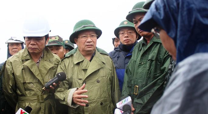 Phó Thủ tướng: Không để một người dân nào gặp nguy hiểm khi bão, lũ đến - Ảnh 2.