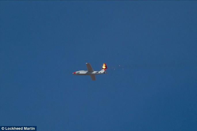 Mỹ tham vọng chế tạo vũ khí laser cho tiêm kích - Ảnh 2.