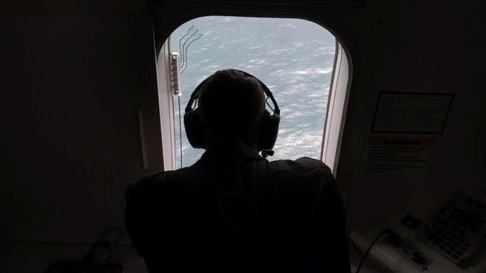 """""""Nổ"""" gần địa điểm tàu ngầm Argentina mất tích - Ảnh 2."""
