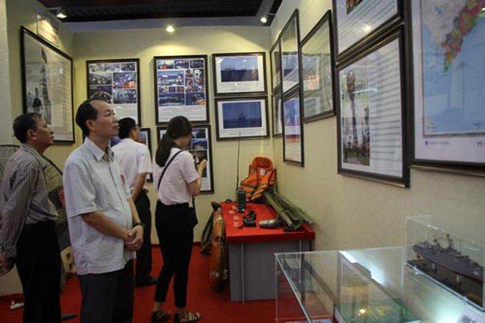 Triển lãm Hoàng Sa - Trường Sa là của Việt Nam - Ảnh 1.