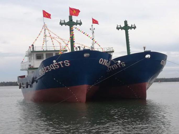 Hạ thủy 2 tàu vỏ thép hơn 32 tỉ đồng - Ảnh 1.