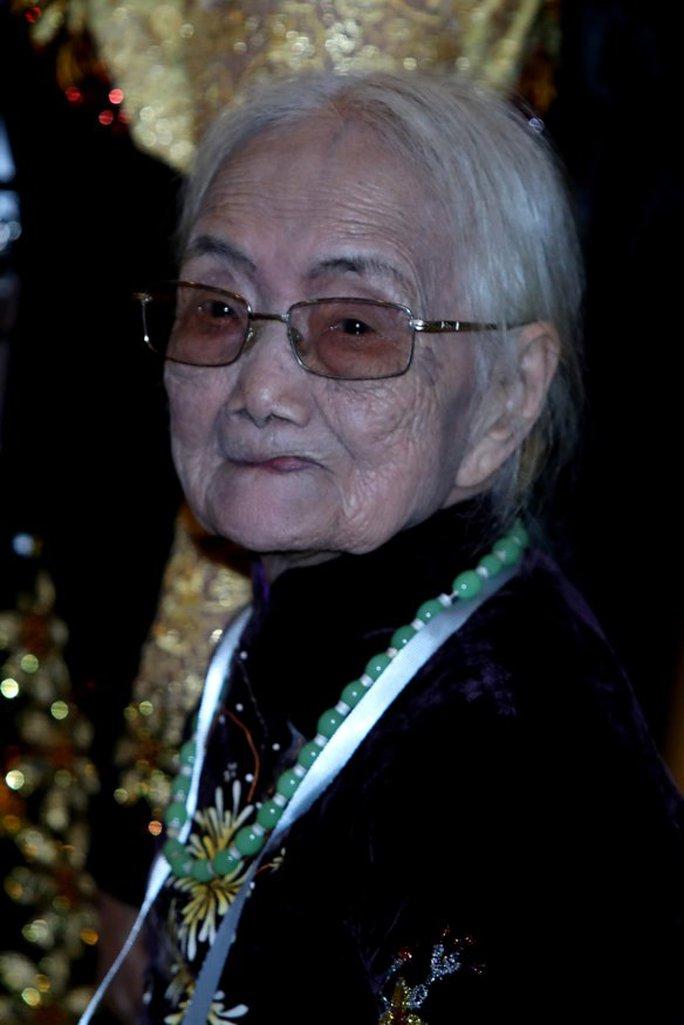 Cụ bà Nguyễn Thị Xuân, 92 tuổi, kết hôn với cựu quân nhân Nhật Bản