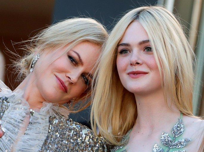 Elle Fanning đọ sắc Nicole Kidman trên thảm đỏ - Ảnh 11.