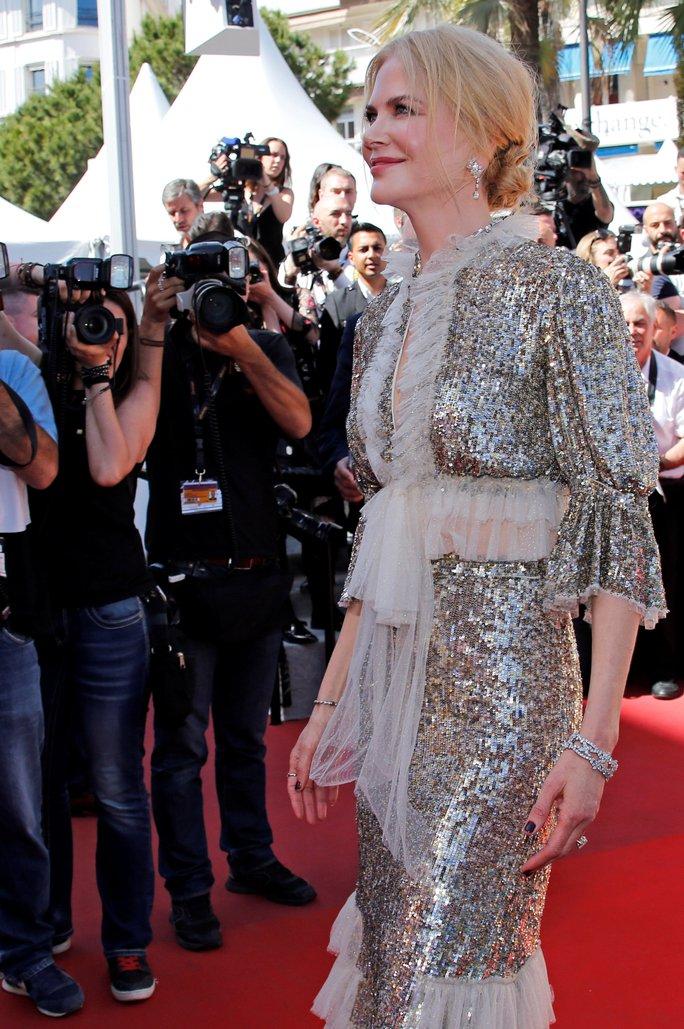 Elle Fanning đọ sắc Nicole Kidman trên thảm đỏ - Ảnh 6.