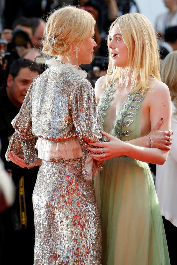Elle Fanning đọ sắc Nicole Kidman trên thảm đỏ - Ảnh 8.