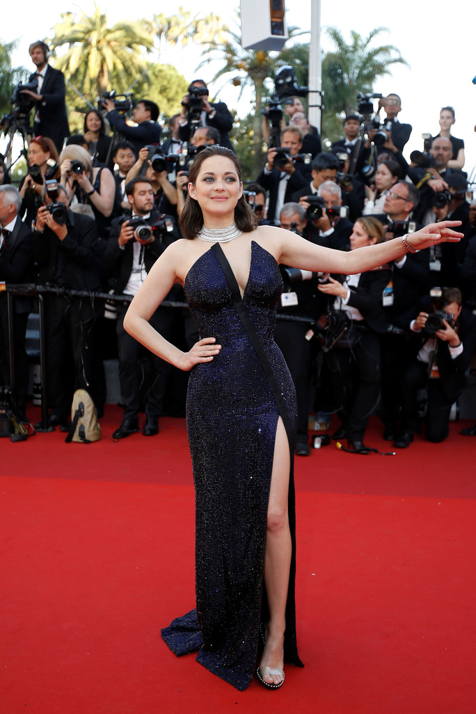 Siêu mẫu Irina Shayk đẹp cuốn hút trên thảm đỏ - Ảnh 11.