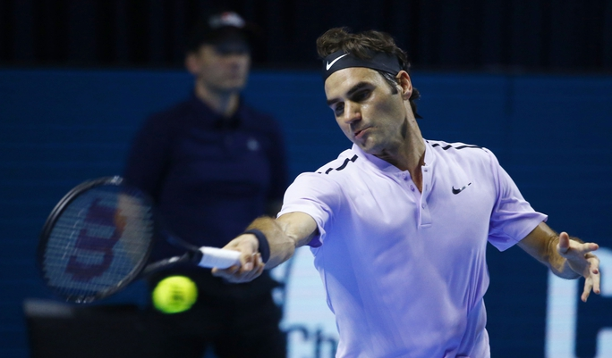 Federer cảm ơn CĐV đồng hương khi lần thứ 8 vô địch Giải Thụy Sĩ Indoor - Ảnh 1.