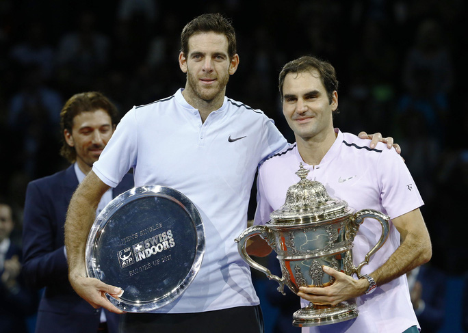 Federer cảm ơn CĐV đồng hương khi lần thứ 8 vô địch Giải Thụy Sĩ Indoor - Ảnh 4.