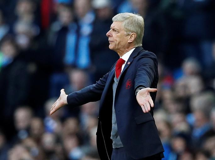 Alan Shearer: Ông Wenger nên xin lỗi Sterling! - Ảnh 1.