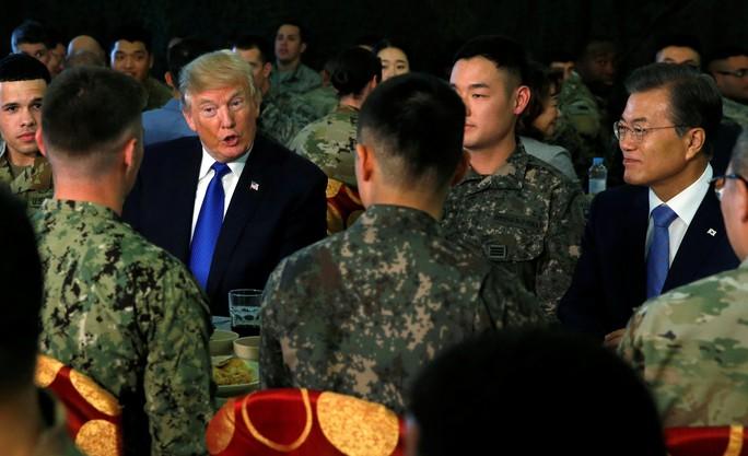 Hàn Quốc thắt chặt an ninh đón Tổng thống Donald Trump - Ảnh 3.