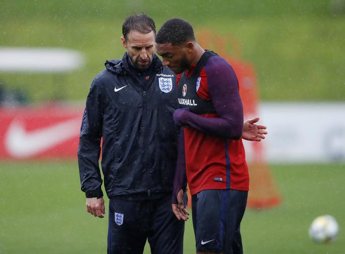 Mourinho lo ngại gà son Rashford chấn thương khi lên tuyển - Ảnh 1.