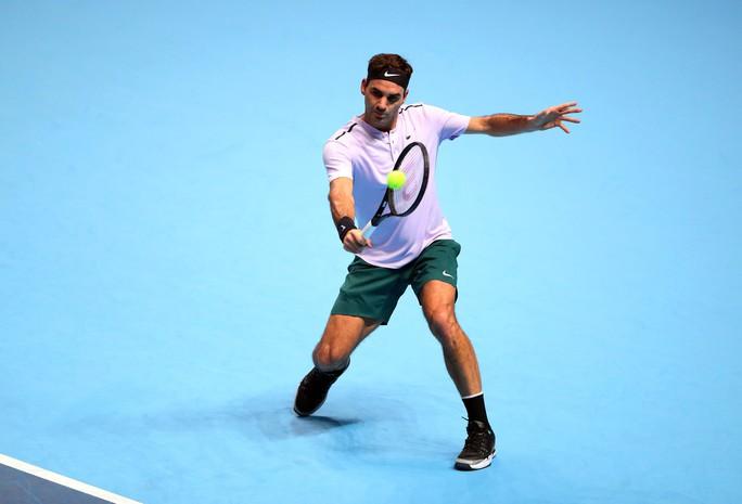 Vượt qua Zverev, Federer vào bán kết ATP Finals - Ảnh 1.