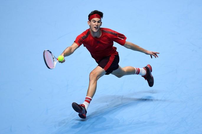 Tiếp bước Federer, Dimitrov giành vé vào bán kết - Ảnh 4.