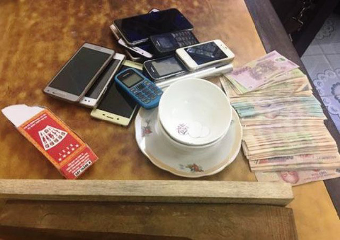 Tang vật liên quan đến đánh bạc bị công an bắt giữ
