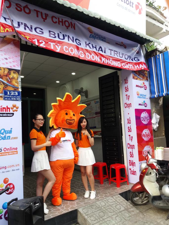 Một điểm bán vé số điện toán trên đường số 11, phường 11, quận Gò Vấp, TP HCM vừa đi vào hoạt động