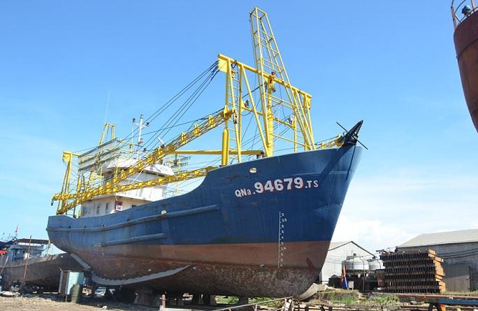 Xét xử vụ ngư dân kiện doanh nghiệp đóng tàu vỏ thép - Ảnh 2.