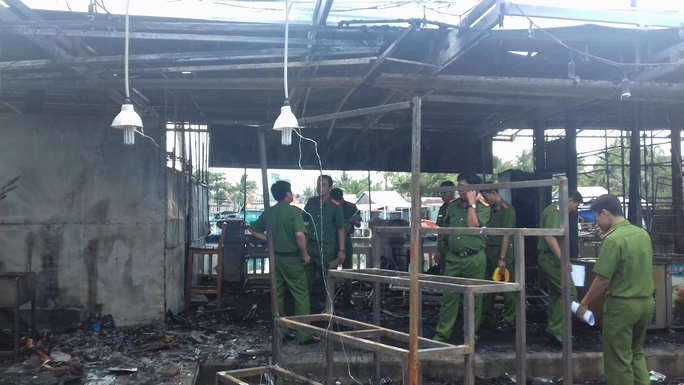 Công an vào cuộc điều tra vụ cháy chợ đêm Phú Quốc - Ảnh 1.