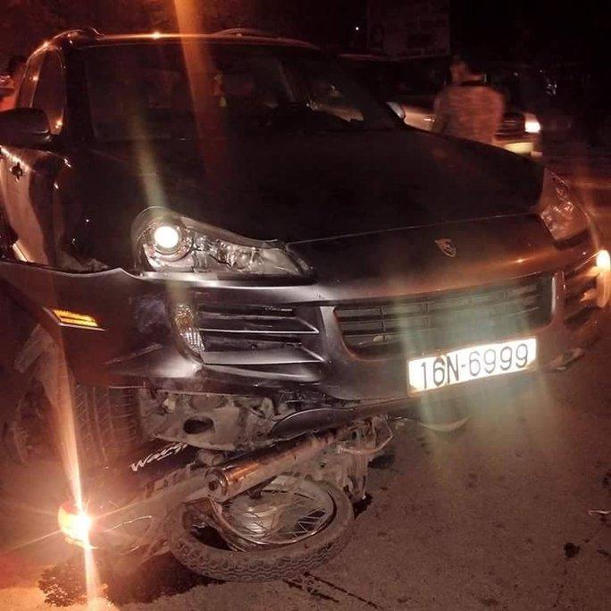 Làm rõ hành vi lái xe Porsche bỏ đi sau gây tai nạn liên hoàn - Ảnh 2.