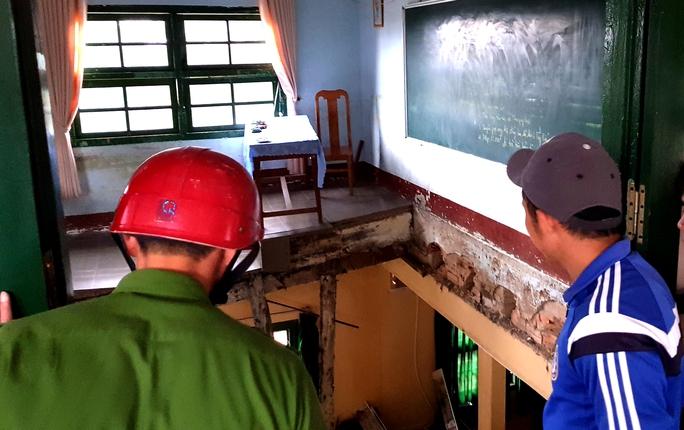 Vụ sập phòng học: Kiểm tra tất cả các trường ở Đà Lạt - Ảnh 1.