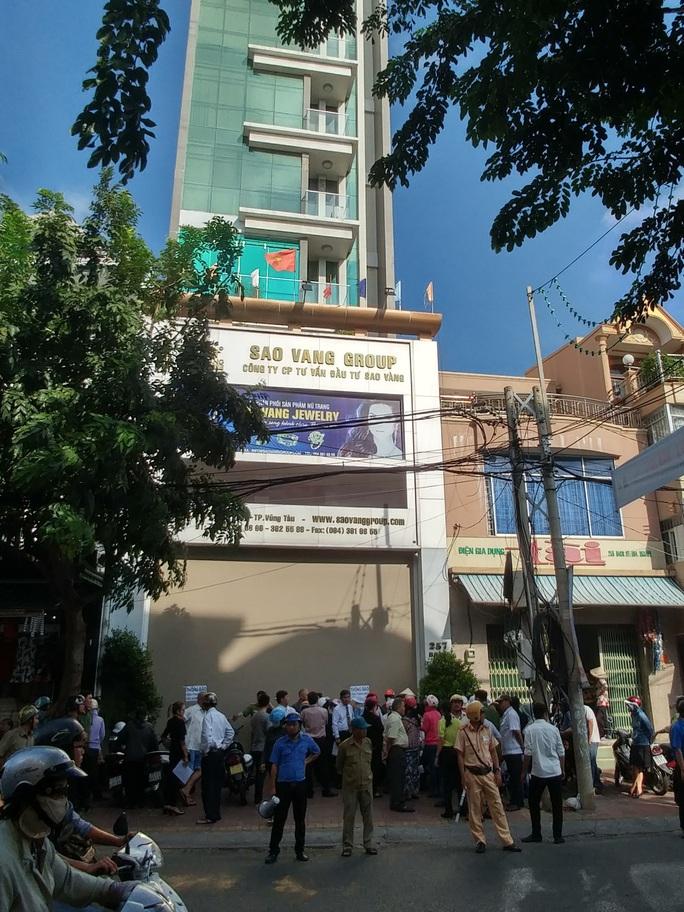 Khách hàng của công ty Sao Vàng cầu cứu tỉnh Bà Rịa-Vũng Tàu - Ảnh 1.
