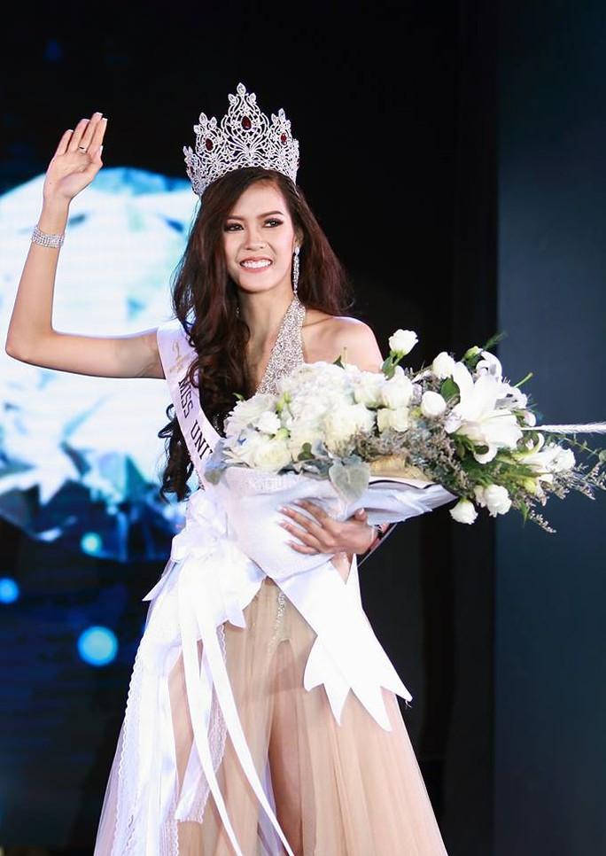 Cận cảnh nhan sắc Hoa hậu Hoàn vũ đầu tiên của Lào - Ảnh 4.
