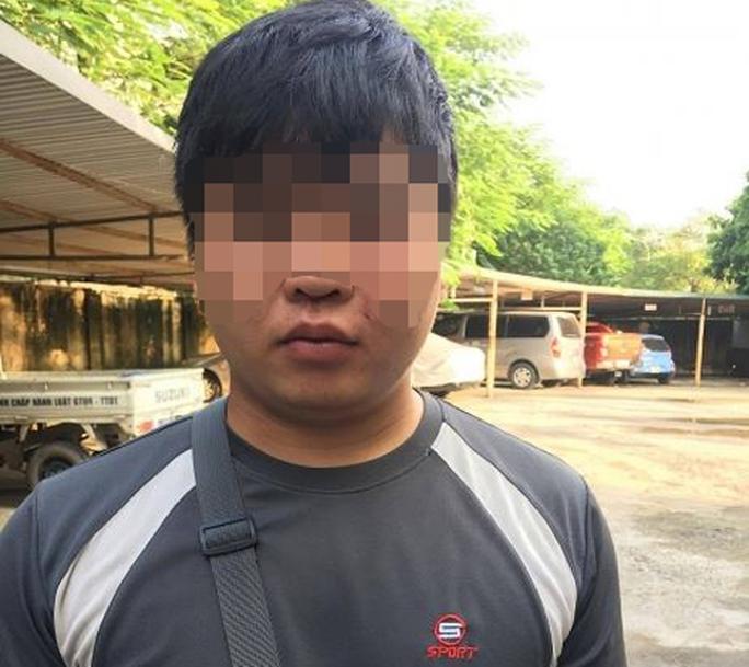 Phóng viên bị hành hung sau khi làm việc với UBND phường - Ảnh 1.