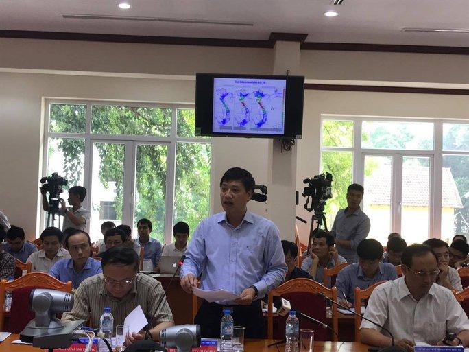 Bão số 10 giật cấp 15 có khả năng đổ bộ Nghệ An-Quảng Trị chiều mai - Ảnh 2.