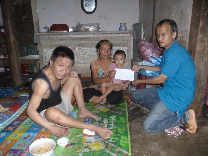 Nhà từ thiện bị lừa mất 49 triệu đồng tiền ủng hộ nạn nhân bão lũ - Ảnh 1.