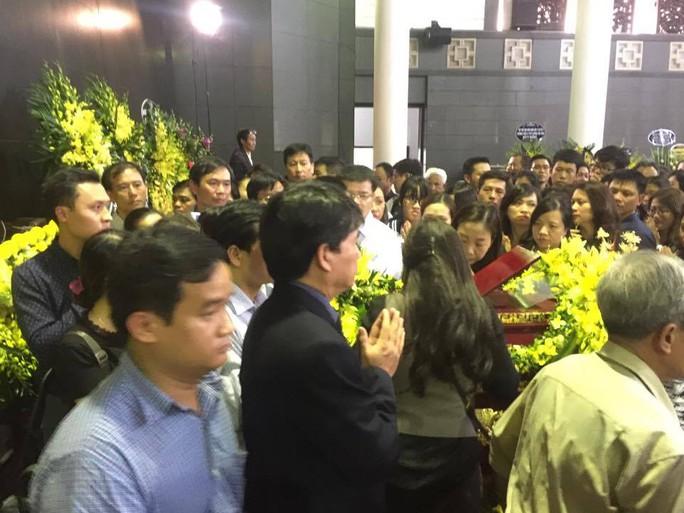 Nghẹn ngào xúc động lễ tang Thầy Văn Như Cương - Ảnh 11.