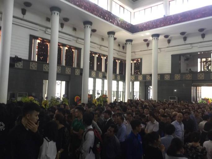 Nghẹn ngào xúc động lễ tang Thầy Văn Như Cương - Ảnh 13.