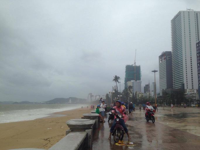 Bão số 12 tan, Khánh Hòa tan hoang, ít nhất 11 người chết - Ảnh 5.